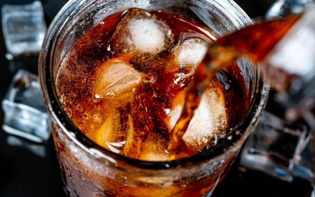 Štúdia spojila sladené bublinkové nápoje s neplodnosťou